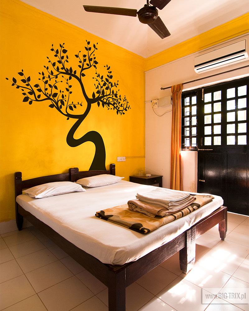 http://www.dreamstime.com/royalty-free-stock-photos-budget-hotel-room-image24820548