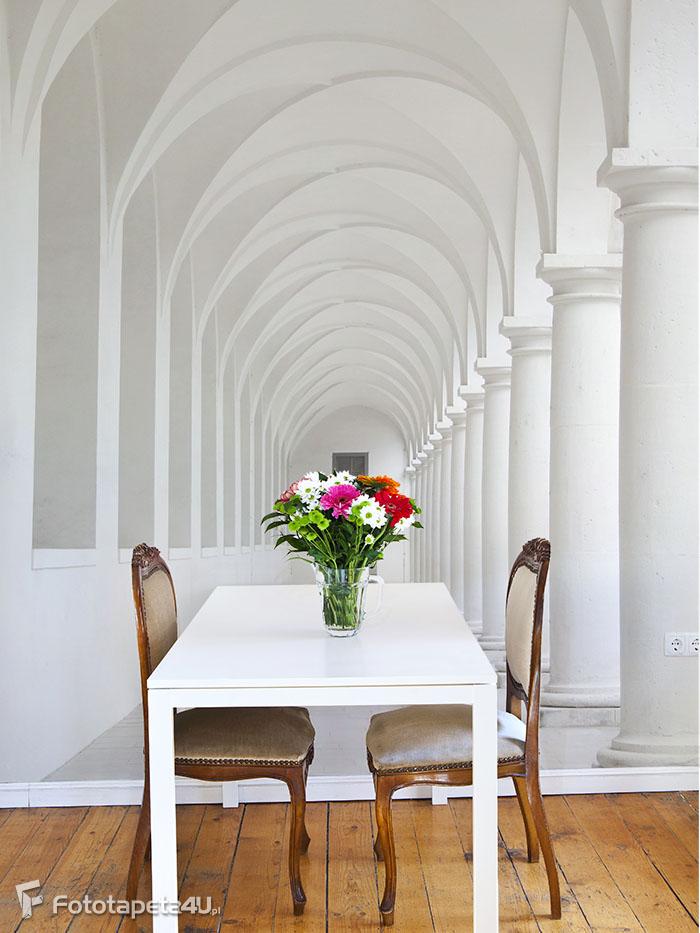 Fototapeta white colonnade